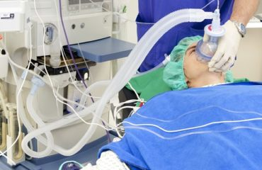 How does a mechanical ventilator work?